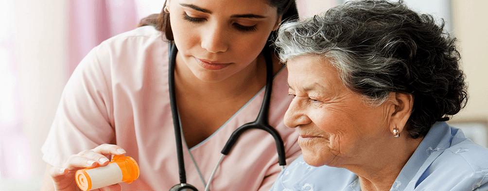Aplicar medicamentos em casa deve ser por um profissional de enfermagem